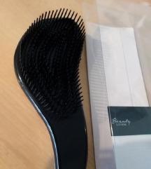 Nova četka za kosu zapakirana