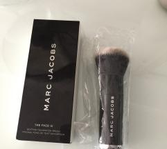 💫Marc jacobs the face3 foundation brush:)