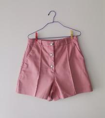 Nove Zara hlačice