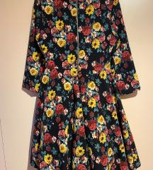 Cvjetna retro haljina
