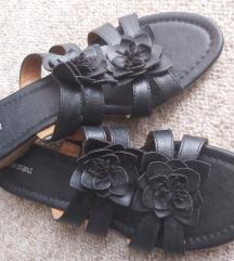 Crne papuče