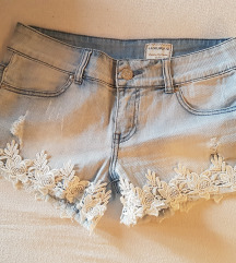 Kratke hlače - M