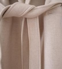 Zara novi beige vuneni kaput s krznom
