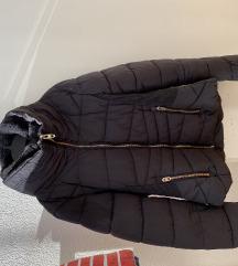 Zara kratka jakna
