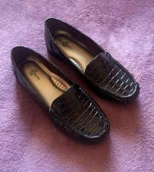 Nove crne comfort cipele