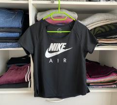 Nike novi sportski top