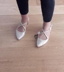 Nove zlatne sandale 39 broj