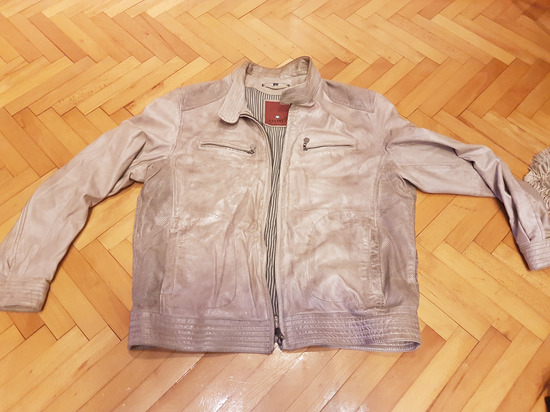 Prekrasna kozna muska jakna vel 52