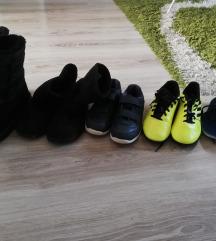 Lot obuće za dječaka + gratis kućne šlape