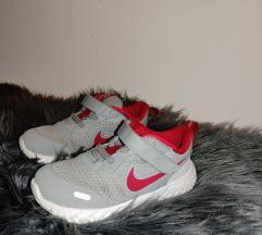 Nike tenisice,27