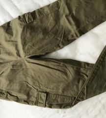 Baggy maslinaste hlače