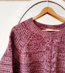 Ljubičasti zimski pulover
