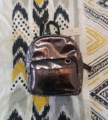 Mini ruksak (NOVO s etiketom)