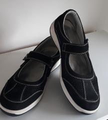 Cipele vel.39