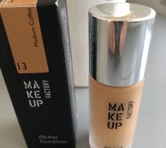 Make up factory puder 13