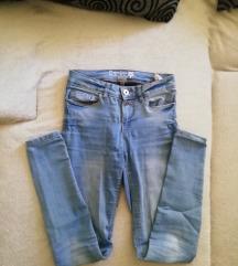 Mid waist hlace traperice