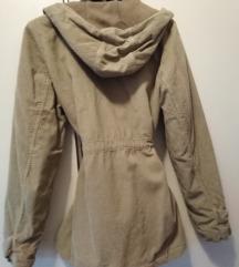 Samt jaknica za proljeće