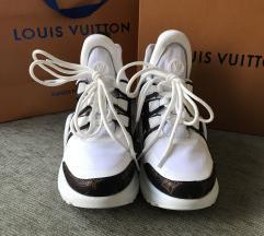Louis Vuitton%%% 2100 kn