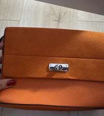 Nova narančasta torbica