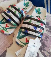 Adidas original ADILETTE natikače 38
