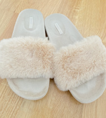 Oysho kucne papuce