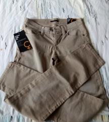 Sisley slim fit nove hlače