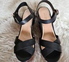 NOVE ALDO sandale br.38