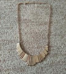 Claire's zlatna ogrlica