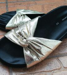 Reserved zlatne sandale