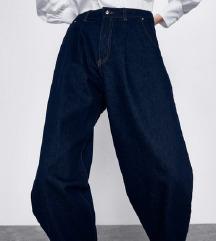 Zara slouchy jeans L