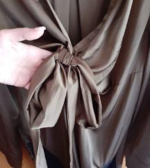 Maslinasta satenska haljina sa cipkom Zara