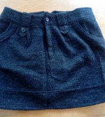 Crna topla mini suknja