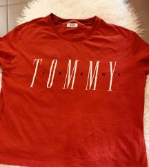 LOT- Tommy Hilfiger, Guess