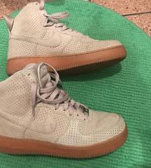 Nike Air Force 1 tenisice broj 40