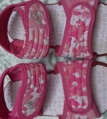 Adidas sandalice 26,27