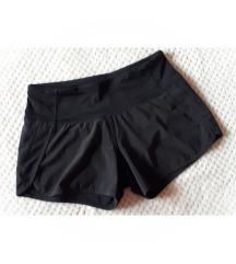 NOVE original Lululemon Athletica sportske hlačice