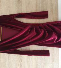 Crvena pliš mini haljina