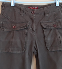 Maslinasto zelene retro hlače vel.40