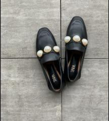 Zara crne s biserima 2u1 mokasinke i šlape 40