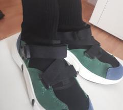 Sportska cipela  *novo*