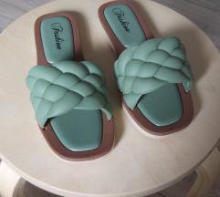 Nove pletene papuce 38