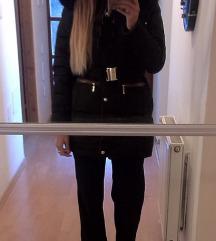 jakna zimska sa krznom M