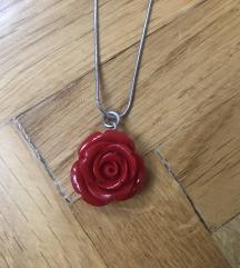 NOVO Set nakita crvena ruža