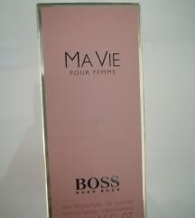 Hugo boss ženski parfem