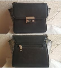 sniz crna torbica