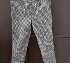 Reserved hlače, vel 36