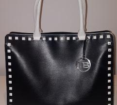 Crna kožna torba TOSCA BLU s bijelim zakovicama