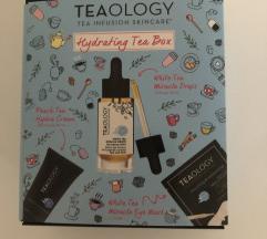 NOVO Teaology Hydrating Box