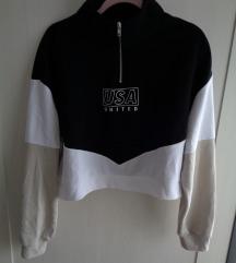 H&M cropped sportska majica