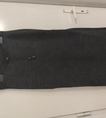 Zimska pletena suknja s prorezom